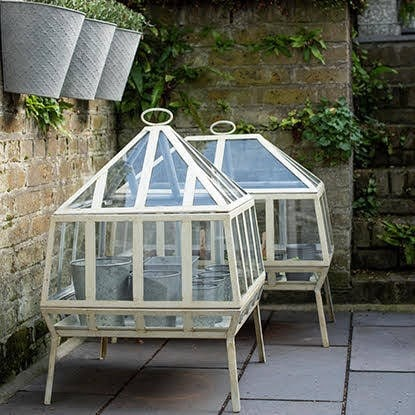 Cold frames & growhouses
