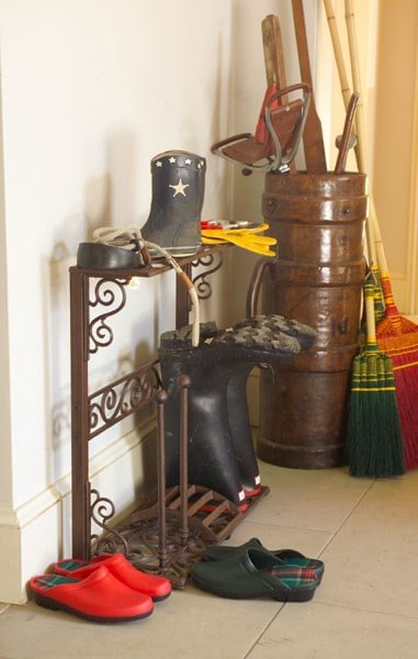 Cast iron boot airer 4 pair rack