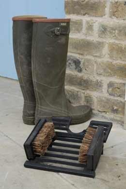 Cast iron boot brush and jack