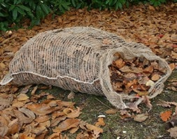 Compostable leaf sack for composting leaves