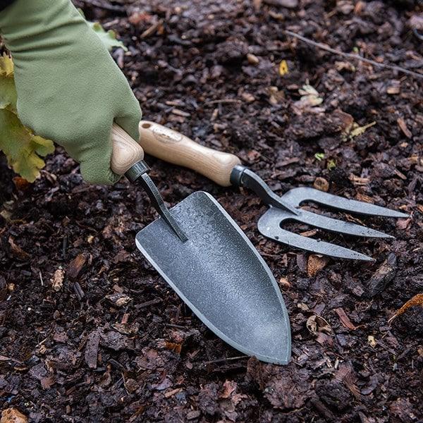 De Wit planting trowel