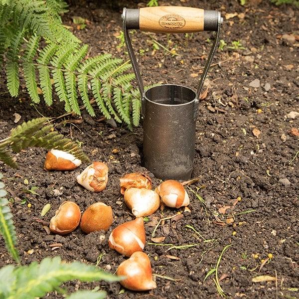 De Wit hand bulb planter