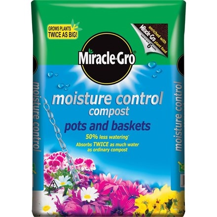 8 bags of moisture control compost - miracle Gro 50 litre bags