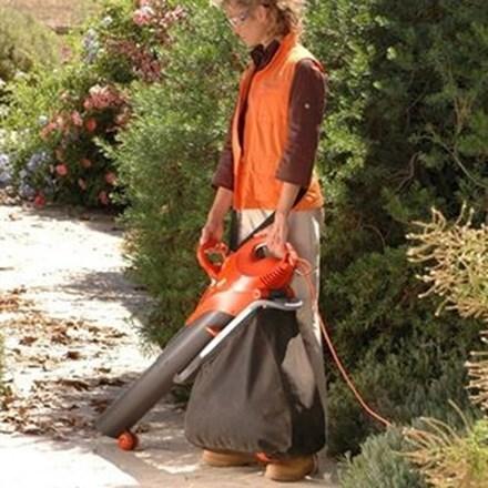 Flymo scirocco 3000 electric garden vacuum