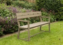 Oban bench with armrests