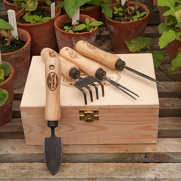 DeWit small propagating tools