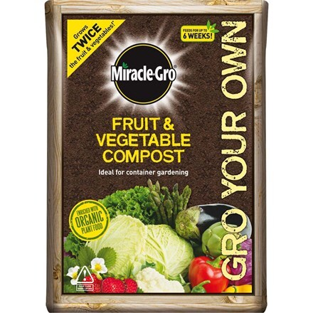 Miracle-Gro grow your own fruit and veg compost - 8 bags