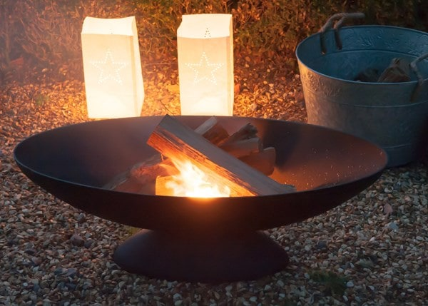 Cast iron oval fire pit