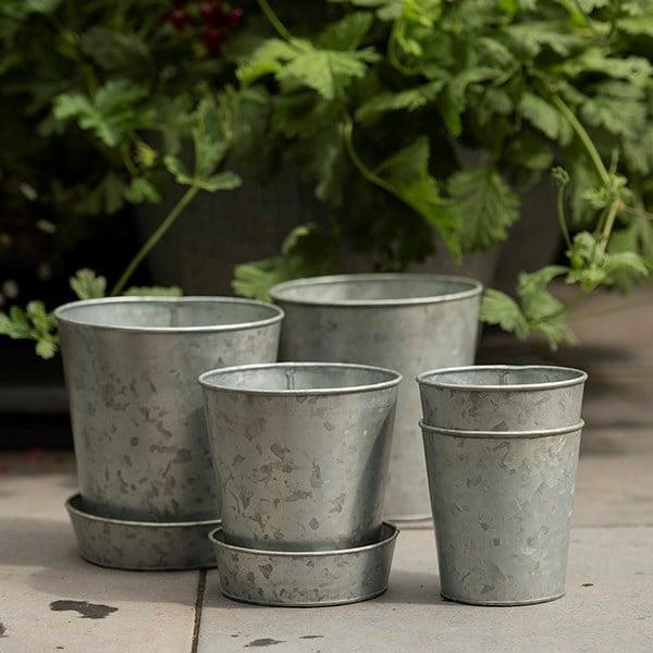 Single galvanised pot