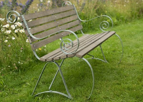 Montpellier bench - lavender green