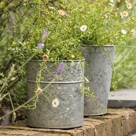 Embossed galvanised pot
