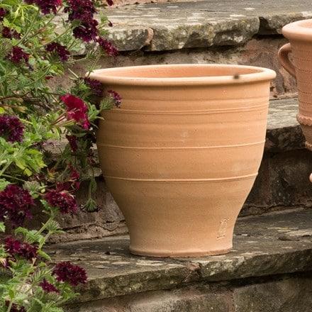Exara terracotta pot