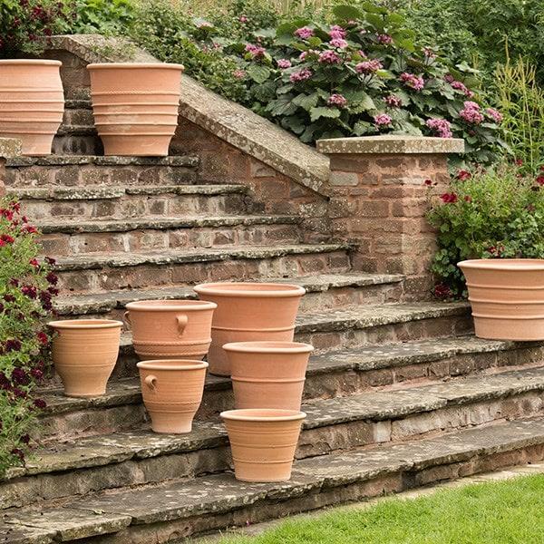 Fraska terracotta pot