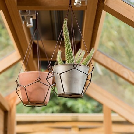 Geo hanging pot holder