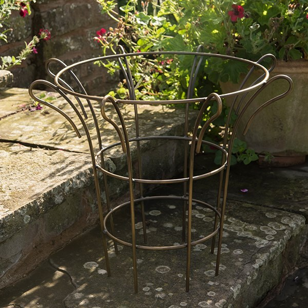 Fluted plant support - antique brass