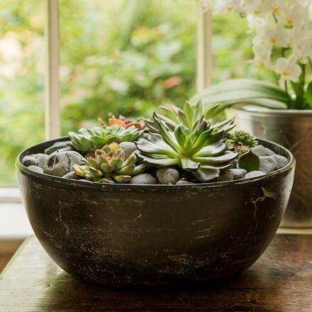 Rough cast aluminium bowl - charcoal black