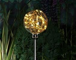 Modern metallic wire stake light