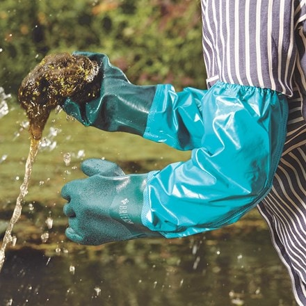 Pond and drain gloves