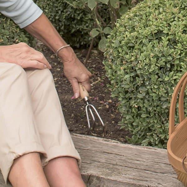 Garden Life hand 3 prong cultivator