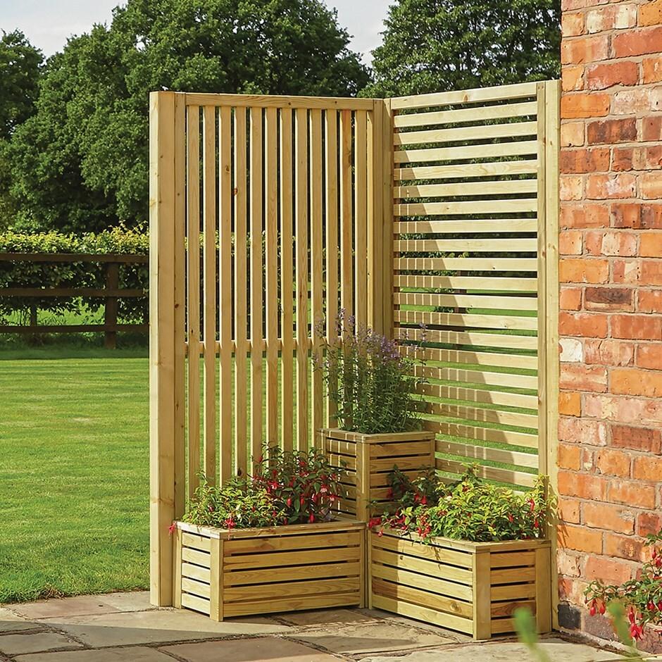 Buy Garden creations screening corner set: Delivery by Crocus