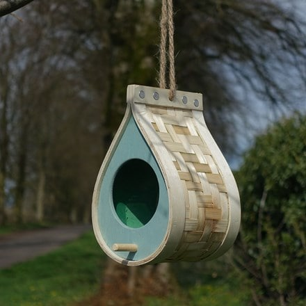 Dewdrop wildbird feeder
