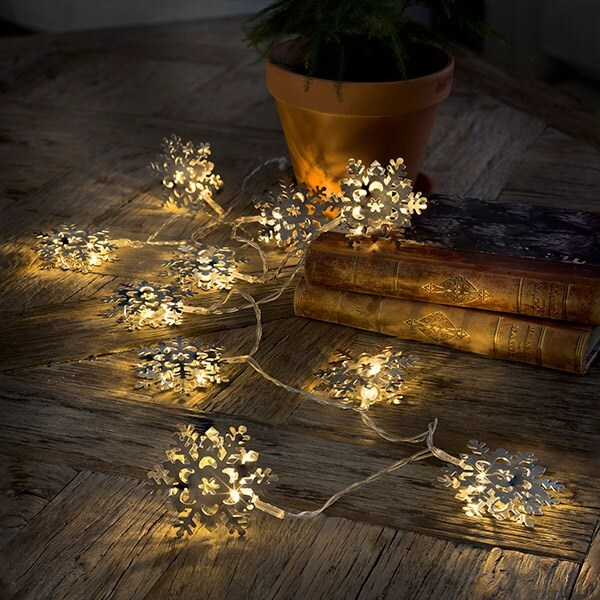 10 silver snowflake lights
