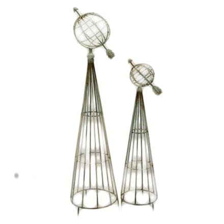 Armillary plant supports set of 2