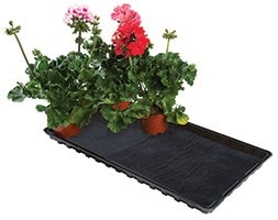Watering gravel tray with capillary matting