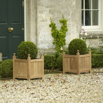 Teak planters set of 3