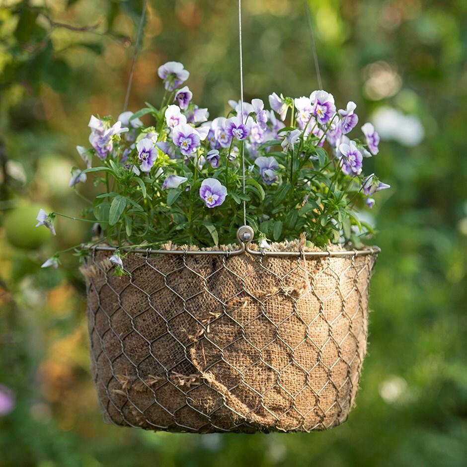 Woven chicken wire hanging basket