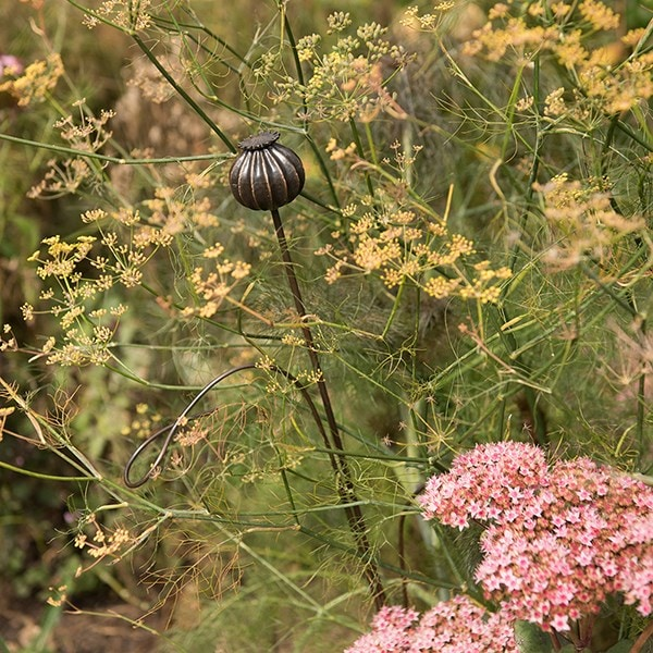 Poppy seed head stake with two stem support loops