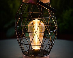 Geo table lantern