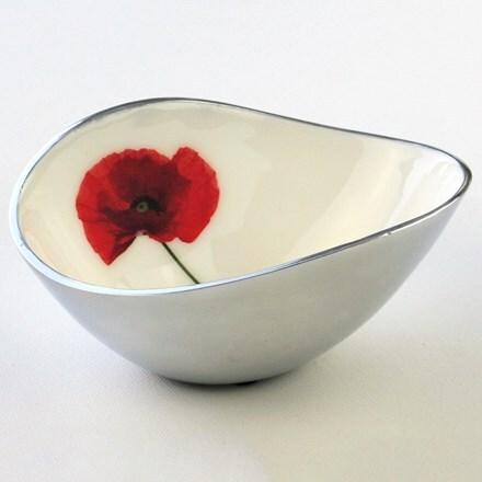 Recycled poppy oval bowl