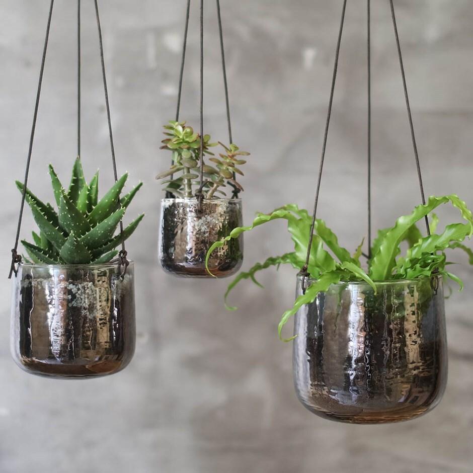Viri hanging planter aged silver