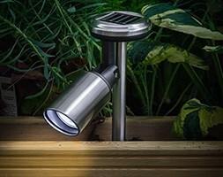 Solar stainless steel spotlight - 30 lumens