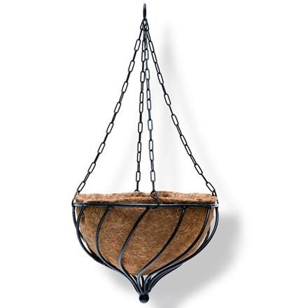 Teardrop hanging basket