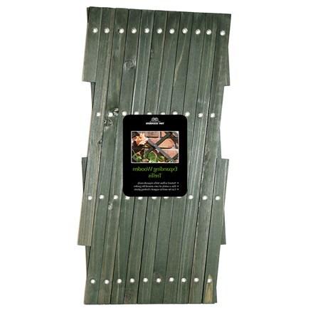 Expanding wooden trellis