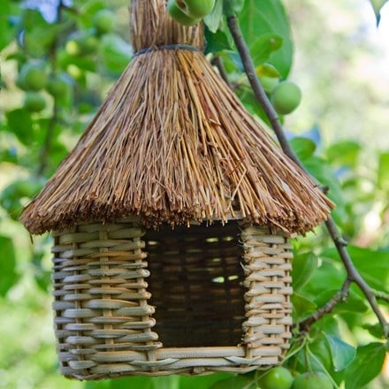 Woven grass bird hut - set of 3