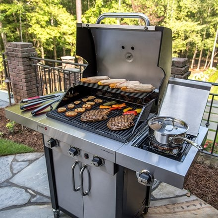 Charbroil professional 3400 barbecue