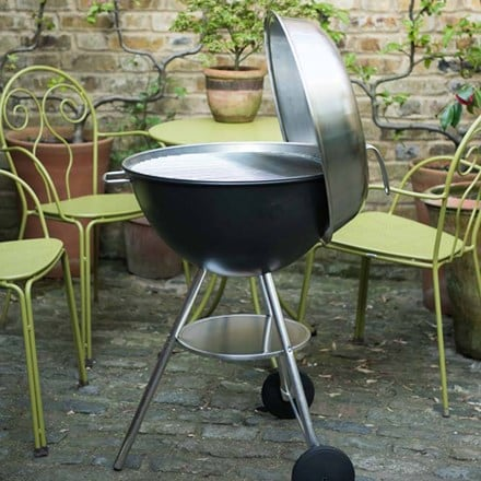 Dancook 1400 kettle charcoal barbecue