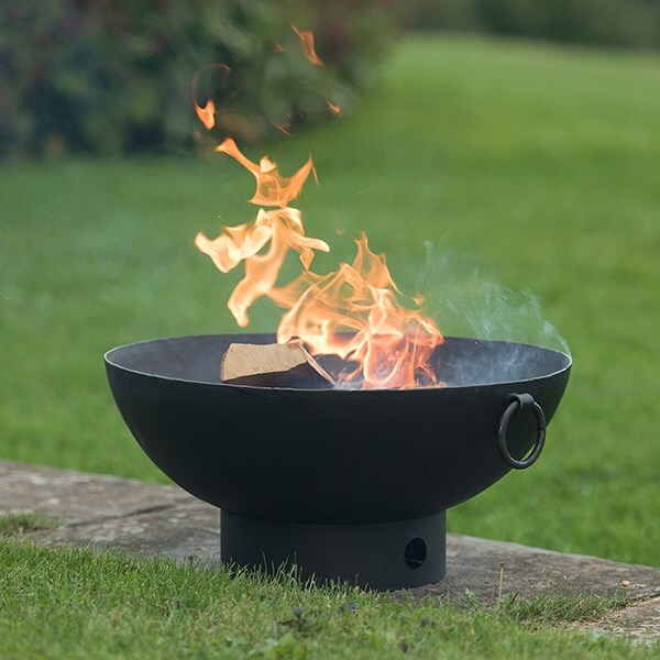 Small iron fire pit bowl + FREE fire starter dome