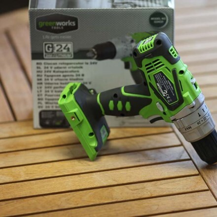 Cordless Greenworks hand drill - tool only