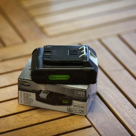 Cordless Greenworks 24V 2AH battery