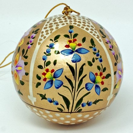Gold bauble - flower