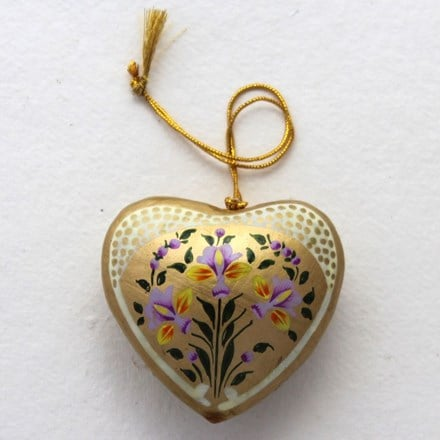 Gold heart decoration - flowers