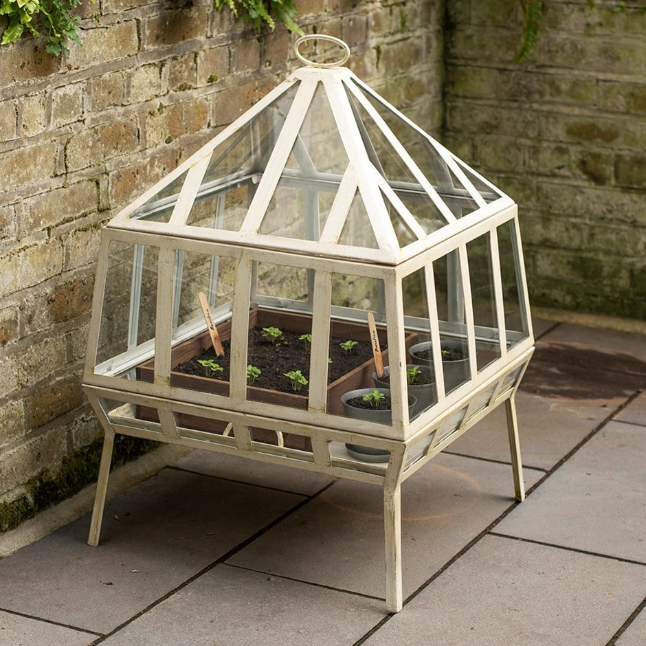 Victorian grow house - square