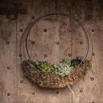 Hanging wreath basket - large