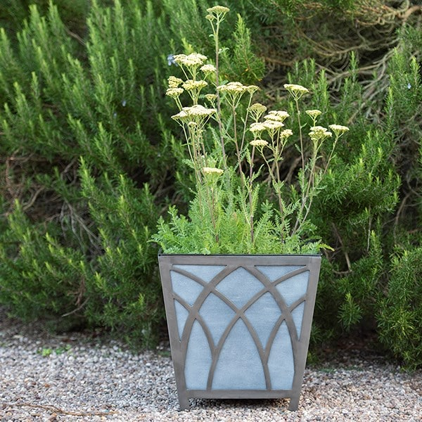 Houghton metal planter
