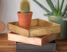 Deep square tray
