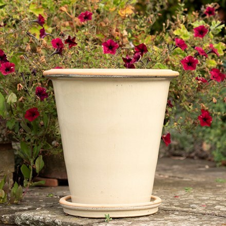 Glazed ceramic pot & saucer - oatmeal